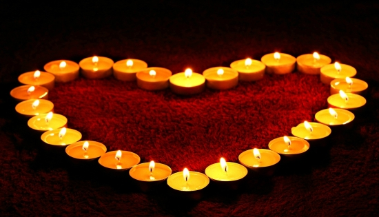 candles-1645551_1920